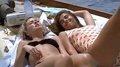 Elizabeth Hurley, Patsky Kensit - Kill Cruise
