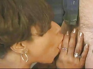 Ebony hands pump white cock Pregnant ebony takes white cock in the office