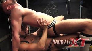 Dark Alley XT - Gaston Croupier & Antonio Miracle