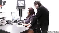 Married boss cheats with fat secretary