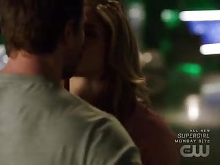 Pissing intitle arrow trader lite iii Hot felicity and oliver sex scene in arrow