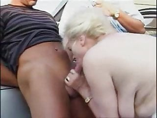 Grannny panties sex - Grannny threesome outdoor