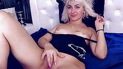 Silver mom