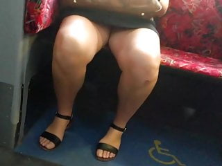 Australian sexy leg women - Bare candid legs - bcl236