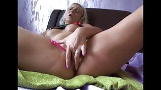 her sister's masturbation