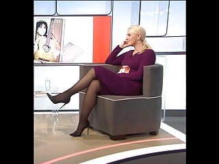 Tv hosts in pantyhose Tv anja petzoid legs