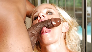 Busty blonde woman, Totally Tabitha fucks a black hunk