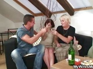 Daughters letting mother fuck their boyfriends - Hey, lets fuck while my daughter away