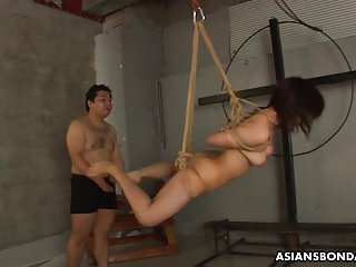 Rope tied orgasm Tied up to a rope and sucking on the fellas