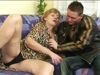 Older woman licking young pussy - Older woman fuck young boy