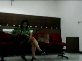 Pondok putri sexy indonesia - Sexy le at kasih karunia clinic, surabaya, indonesia