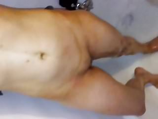 No rinse floor stripper Wife rinsing pussy off in the shower