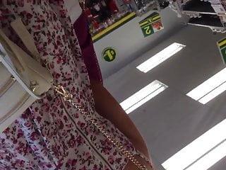 Million dollar asses - Upskirt bare ass dollar store