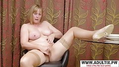Lonely Wife Masterbating