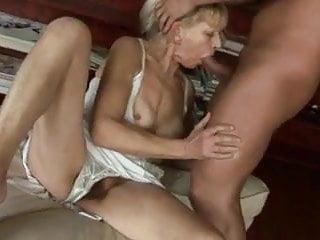 Horny sexy grannys Sexy grannys 1