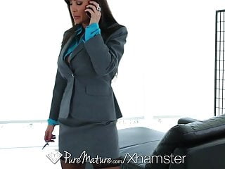 Sexy massage northamptonshire - Puremature - career woman lisa ann unwind with sexy massage