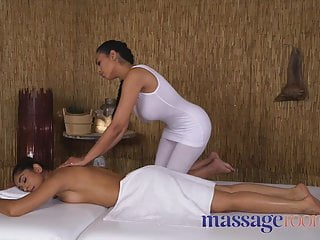 Sahara knite pissing Massage rooms british indian sahara knite and latina babe