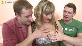Busty mother in hot threesome with young boys
