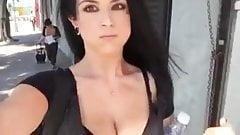 Selfie video : Girl upskirt.