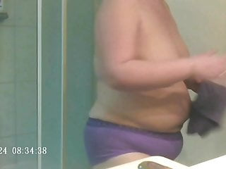 Extreme menstrual sex fetish - Wife taking shower at her menstrual period.