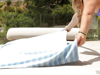 Homeless shelters for gay runaways Cherie deville and jessa rhodes - the runaway: part one