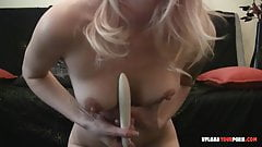 Seductive amateur blonde uses a dildo on herself