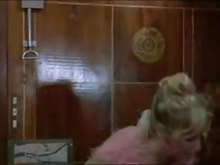 Busty seducing tube porn movies - Anna maria rizzole seducing in train in an italian movie