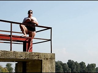 Babe italian naked - Decameron xxxiii - naked and barefoot italian whores