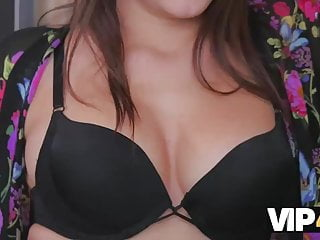 Cant believe cock Vip4k. repairman cant believe such a beautiful valentine