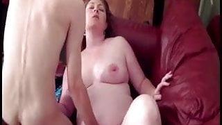 Pregnant amateur fucks skinny boyfriend
