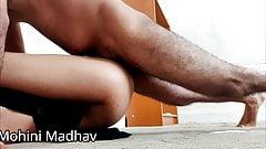 INDIAN BOSS FUCKED HIS HOT SECRETARY IN HOTEL HARDCORE