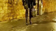 monika la pute  sur le trottoir