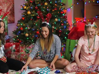 Wild holiday sex - Three teens spending their wild holiday threesome sex