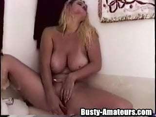 Girl gets fucked in tub Busty heather getting nasty on the tub