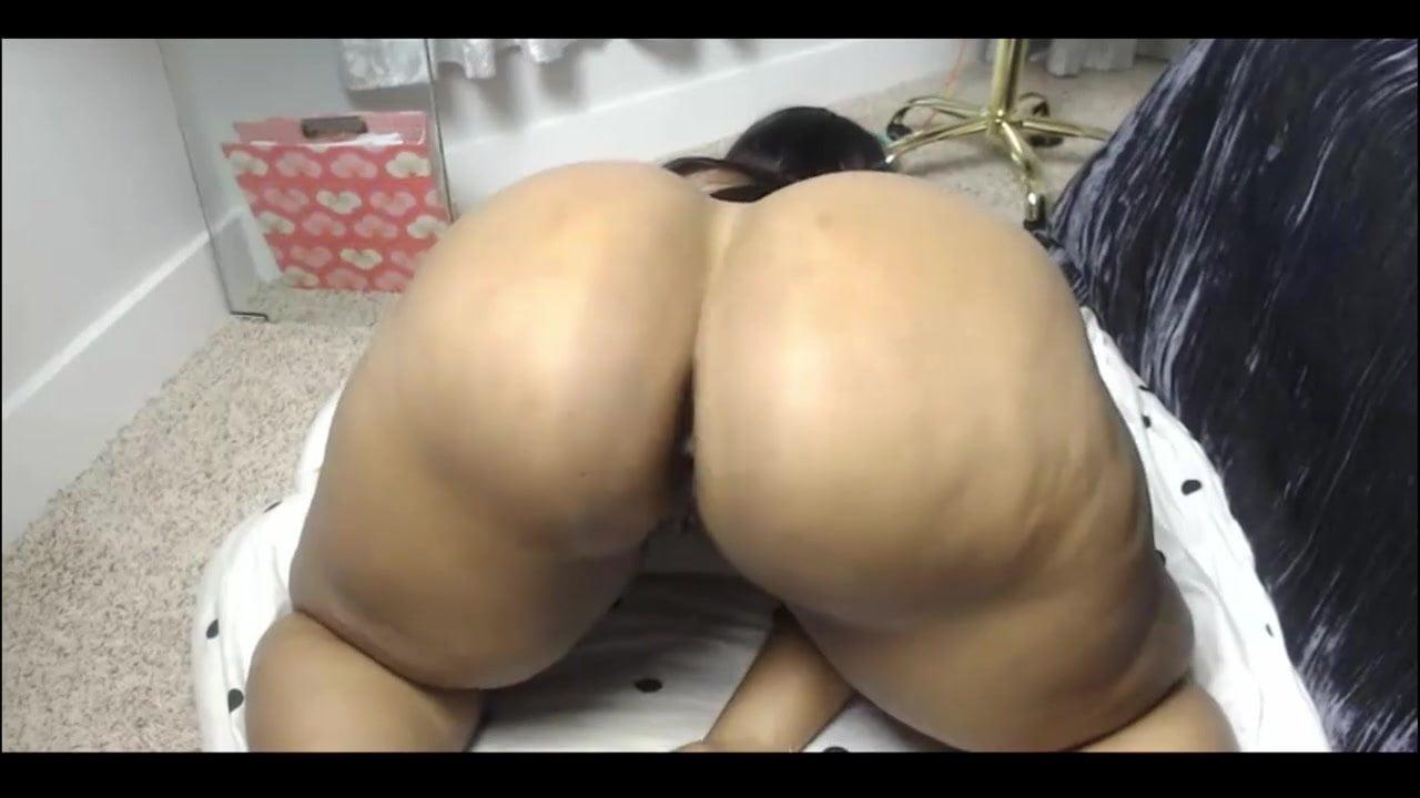Big Booty Black Lesbians