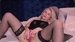 Hot Jane Natural Blond Pussy Play