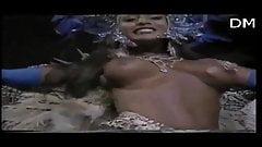 smoking hot step mom CARNIVAL SENSUAL  TIJUCA 92 A naked woman