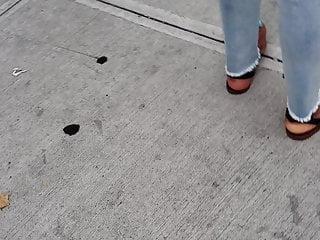 Mature ebony legs and feet - Candid mature ebony feet waiting for bus 2