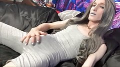 Clitóris grande e lingerie de menina suja