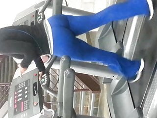 Voyeur hunting for big booties Big booties on the treadmill pt. 3