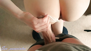 She was begging to cum inside, so she took the condom off.