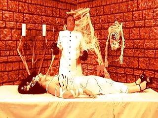 Frankenstein fucks blonde - The bride of frankenstein gets some