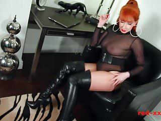 Vibrator use among woment Kinky milf finger fucks her pussy then use vibrator
