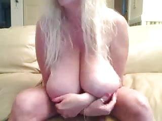 Big natural amateurs Blond with big natural boobs