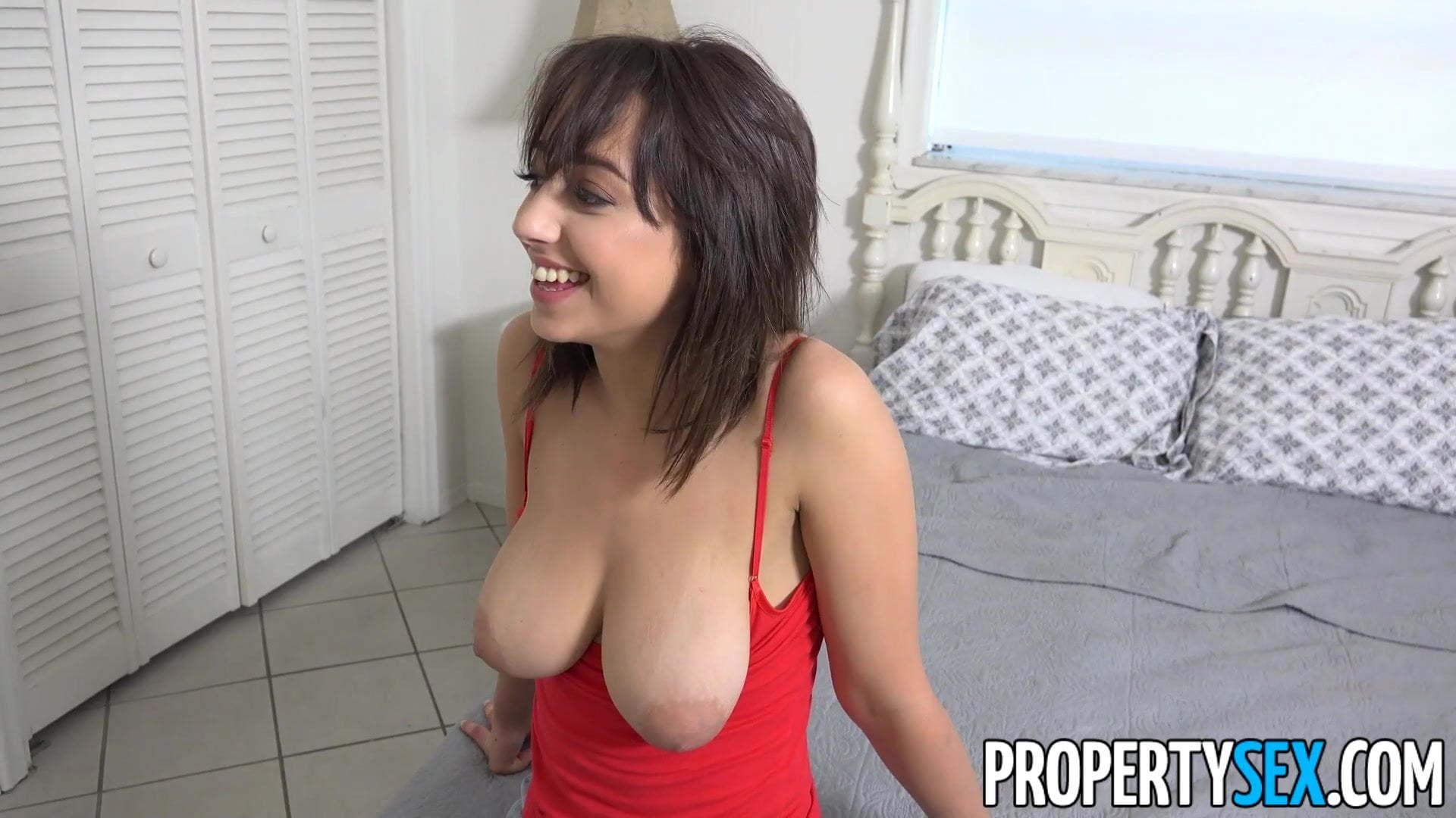 Blonde Big Tits Dancing
