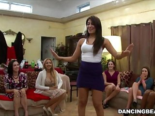 Bachelorette party slut Women give blowjob and receive facial at bachelorette party