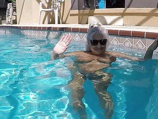 Lesbian swiming porn Granny swiming 2