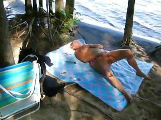 Veronique sex Veronique a la plage - masturbation public beach