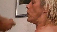 Notgeile Oma die ICH auch gerne ficken wuerde T2