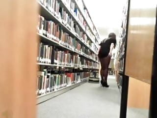 Ligerie fetish - Library show ligerie